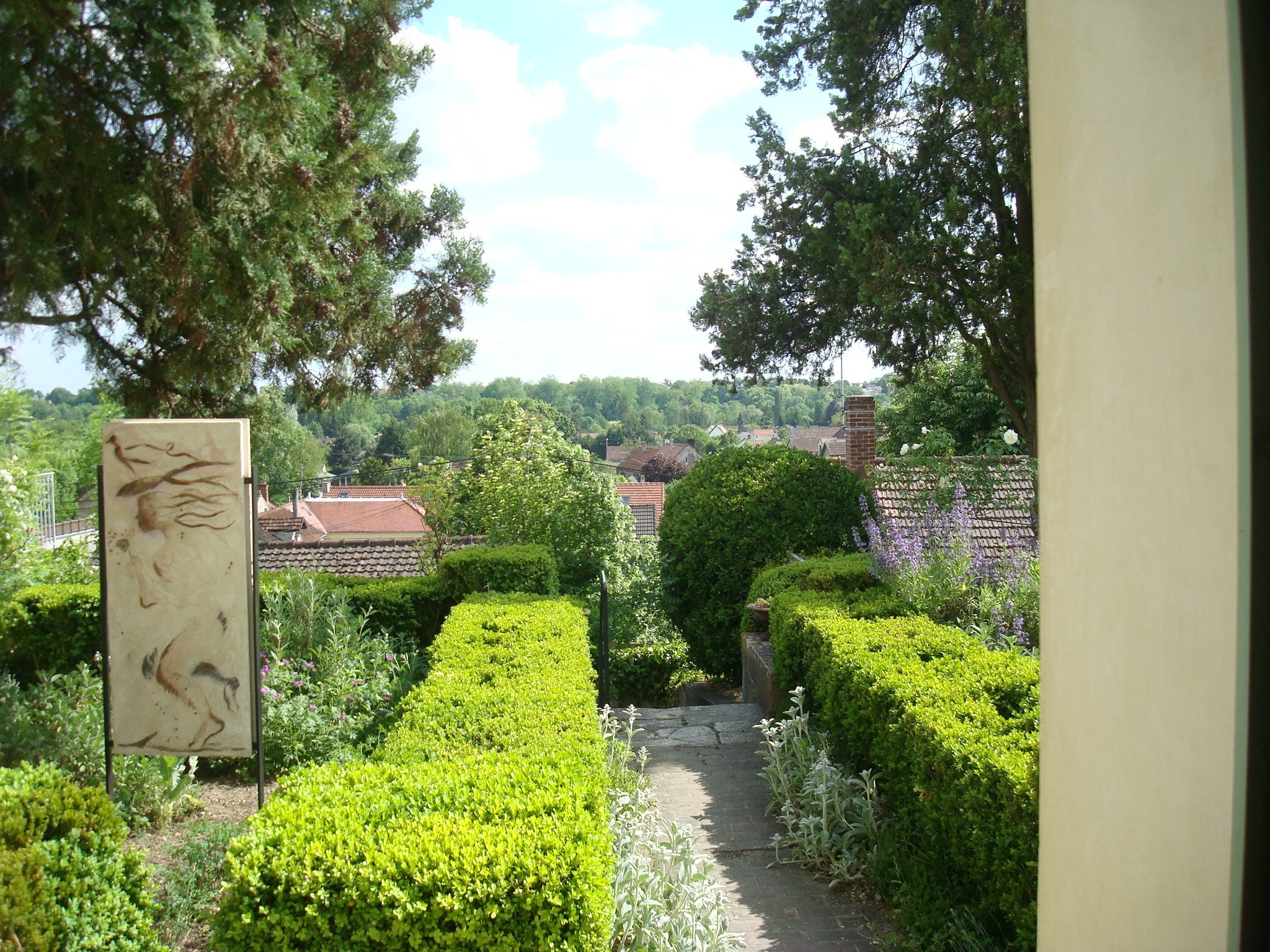 Auvers   Dr Gachet Gardens And View