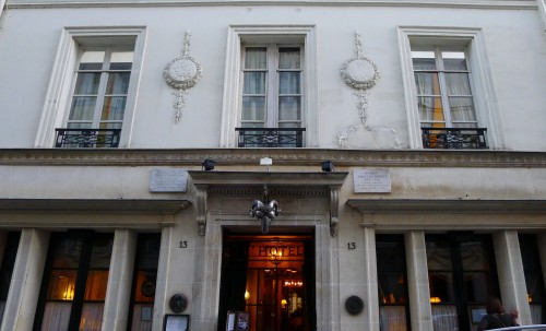 L'Hotel Front