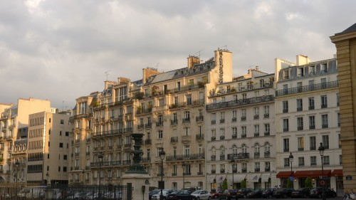 Paris Hotel & Apts